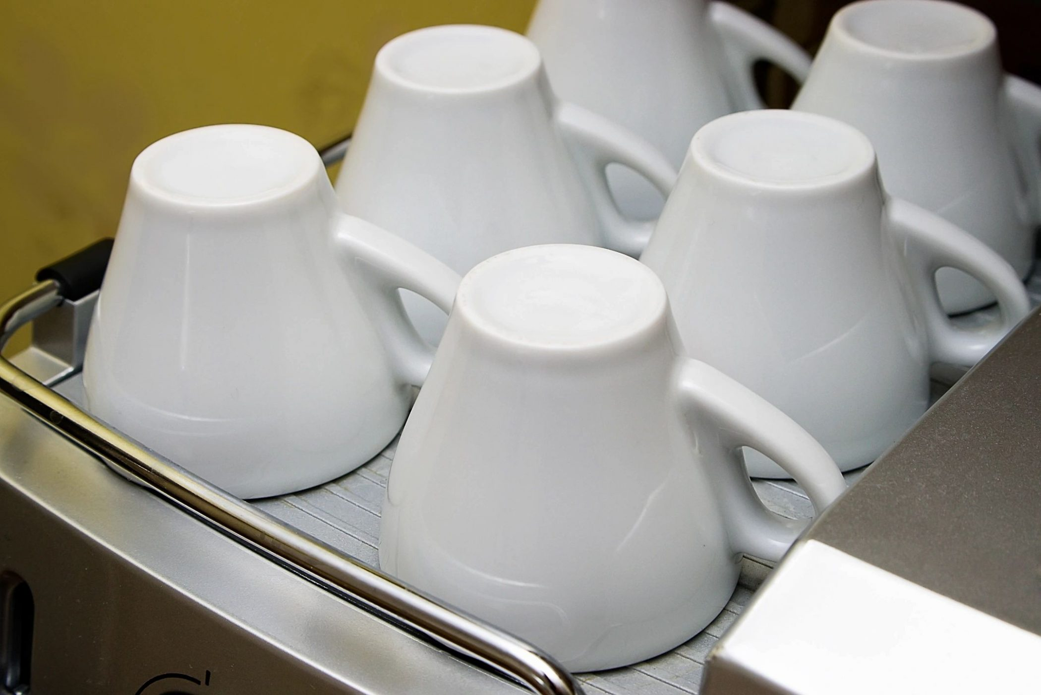 Cups like those in kitchen of DC widow blog writer Marjorie Brimley