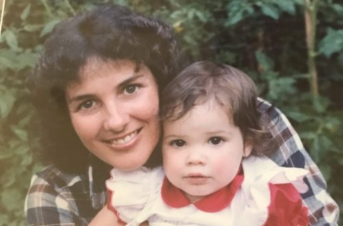DC widow blog writer Marjorie Brimley as a child with her mother